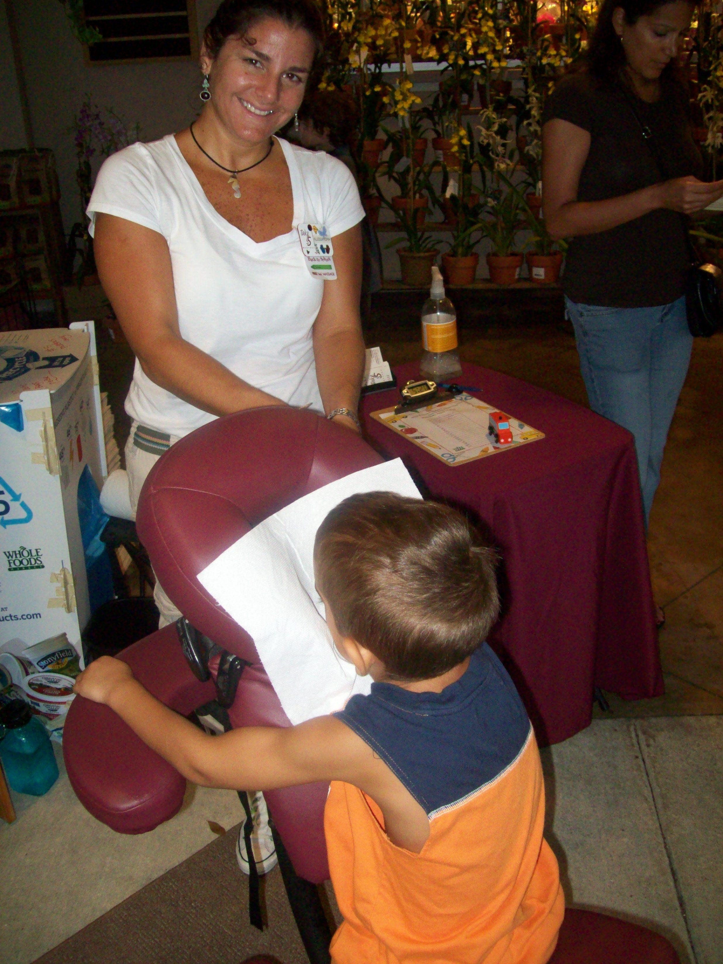2010-08-wp-alex-child-in-chair