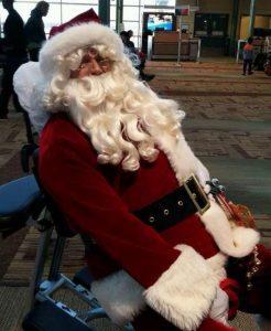 santa-in-massage-chair-ed